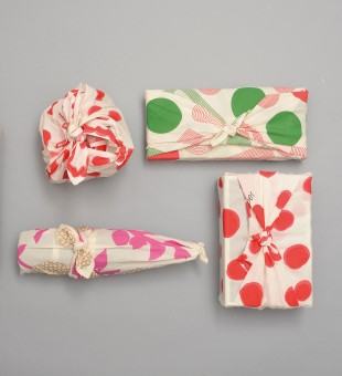 Organic Gift Wrapping